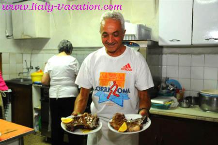 Cortona -  Italy vacation Agriturismo Farm Vacation House & Motorhome , Toscana , garda , Napoli Amalfi, Tuscany & Umbria
