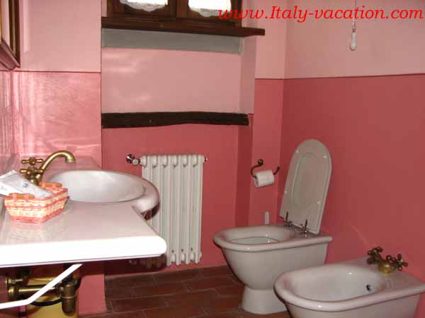 Az. IL Querciolli Italy vacation Agriturismo Farm Vacation House , Toscana ,  Tuscany & Umbria