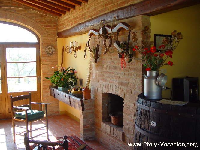 Az. IL Querciollo Italy vacation Agriturismo Farm Vacation House & Motorhome , Toscana , garda , Napoli Amalfi, Tuscany & Umbria