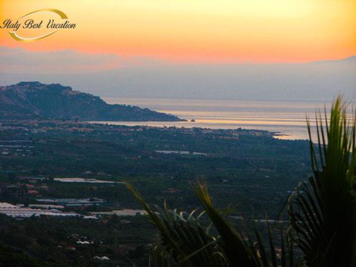 italy-vacation.com  Agri Etna Catania view