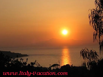 Italy-Vacation- Villa Sorrento , sunset on the bay of Napoli