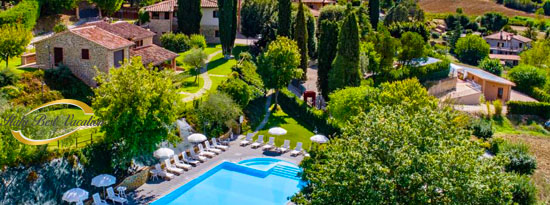 L'Agriturismi Frantoio - ancient  farmhouses 9 appartments and 6 .   location :  Chiusi 5km, Siena 60km , Firenze 100Km, Perugia 35Km , Lake Trasimeno 10km ,