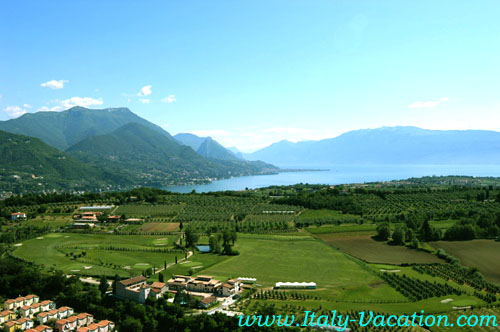 Italy-vacation  Garda Agriturismo Farm-Salò, Italy-vacation  Holiday lago di Garda