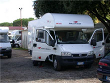 Italy-Vacation  Motorhome - Your best Vacation to Italy . info , tips for your RV holiday caravan   Rome